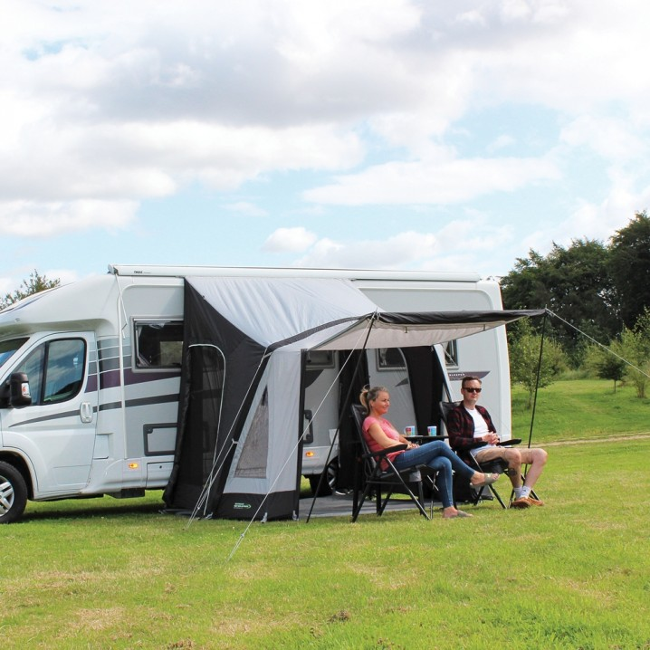 Premium Excellent Value Lightweight Single Point Inflation Inflatable Small Family Touring Motorhome Porch Awning – Lifestyle Shot